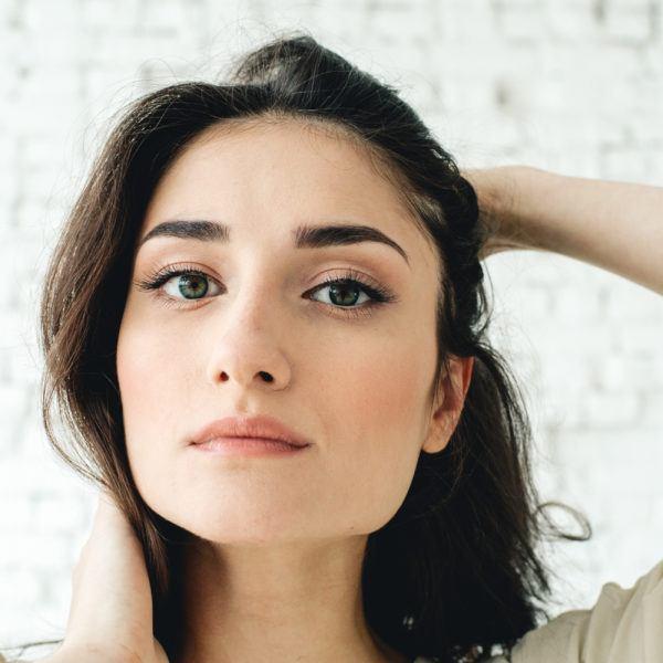Como depilar cejas rostro cuadrado cejas marcadas