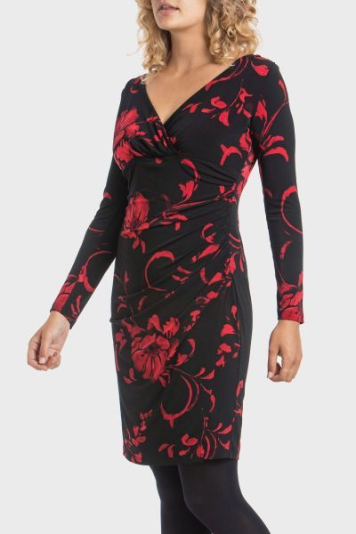 punto-roma-vestido-negro-flores-rojas
