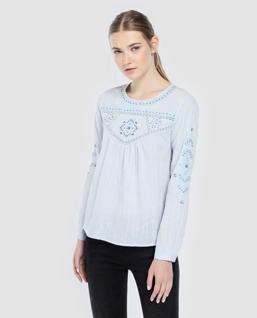 tintoretto-blusa-con-bordado-y-crochet