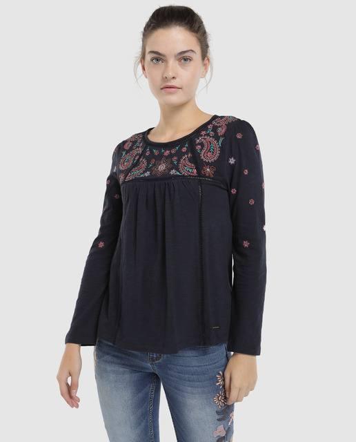 tintoretto-camiseta-negra-con-bordado-y-strass