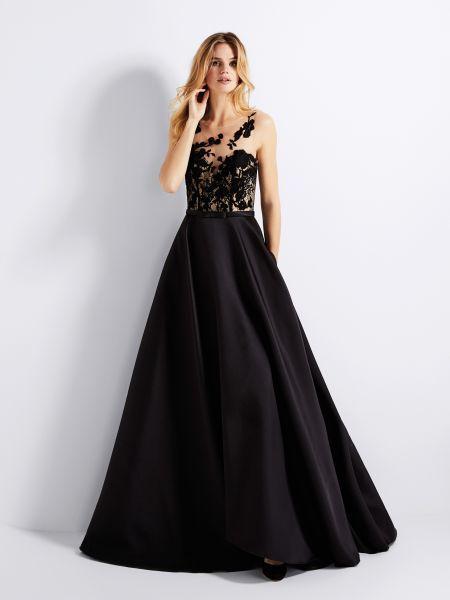 f2b012fcf1 vestidos-de-fiesta-de-noches-elegantes-vestido-negro-. Todo en Pronovias  está diseñado para ...