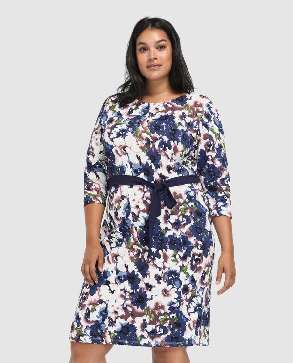 7a518f1d22 Lauren Ralph Lauren firma uno de los vestidos de fiesta para tallas grandes  Primavera Verano 2019 más originales. Estampado delantero divertido