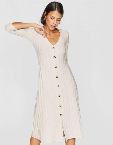 vestidos-stradivarius-largos-midi-botones