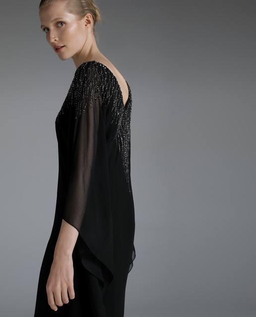 vestidos-negros-caftan-pedreria-woman-fiesta-elcorteingles