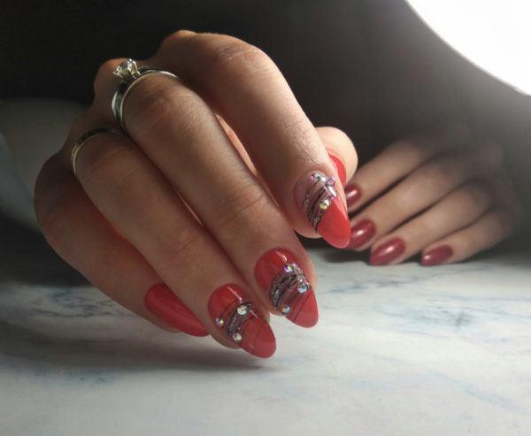 Bright manicure