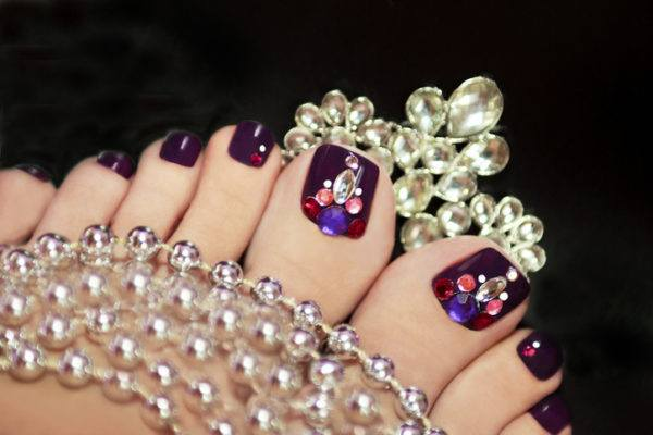 Manicura brillantes pedicura
