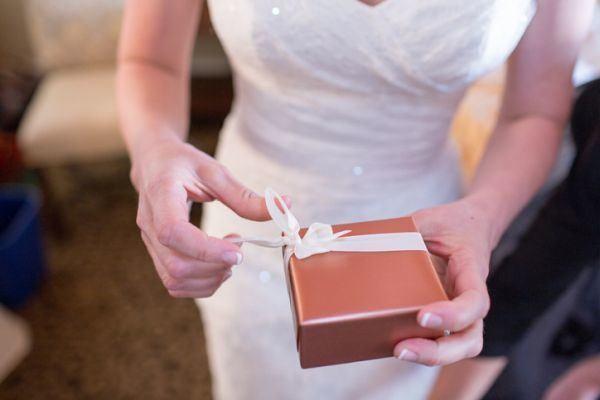 cuanto-dinero-tengo-que-dar-si-me-invitan-a-una-boda5