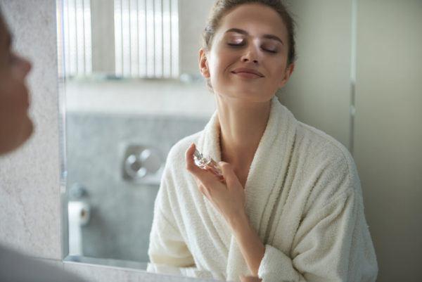 Cómo conseguir que tu perfume dure más tiempo