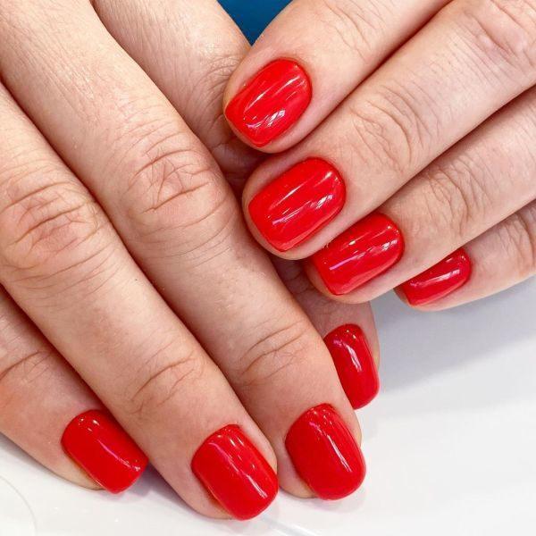 unas-decoradas-colores-rojas-instagram