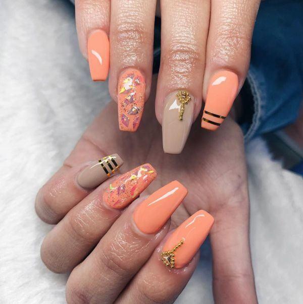 unas-decoradas-coral-adornos-instagram