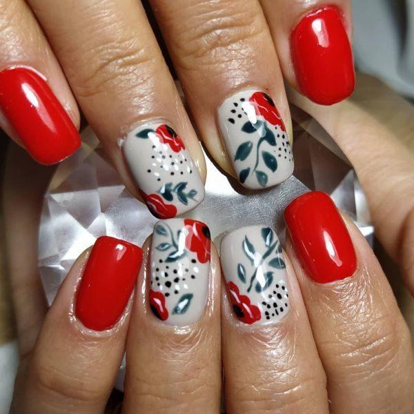 unas-decoradas-flores-rojas-instagram