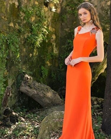 vestidos-de-comunion-para-madres-naranja-instagram